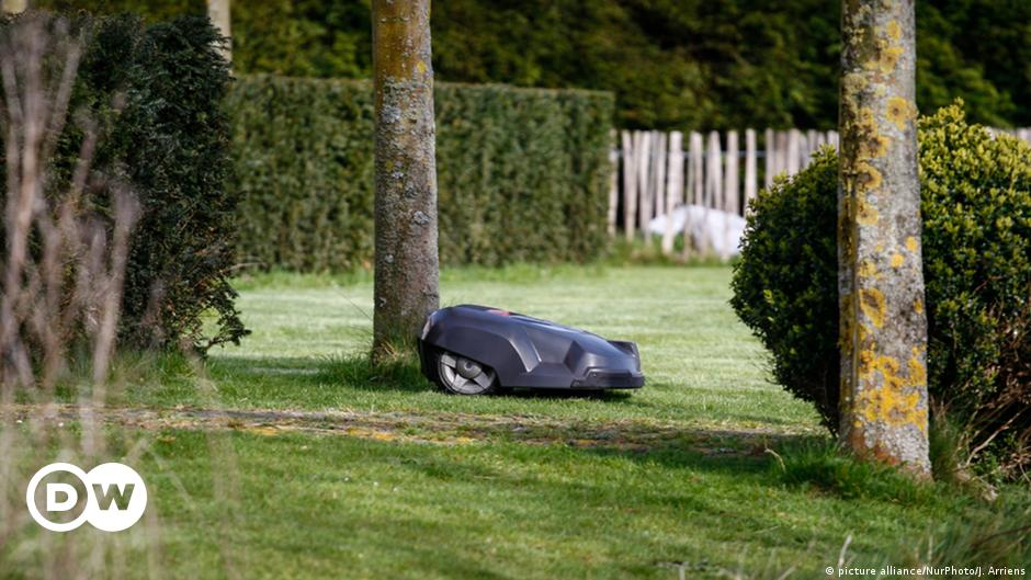 Do we need robot lawn mowers?