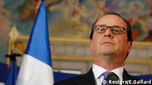 French President Francois Hollande speaks to journalists at the Prefectoral Palace the day after the Bastille Day truck attack, in Nice, France, July 15, 2016. REUTERS/Eric Gaillard Reuters/E.Gaillard