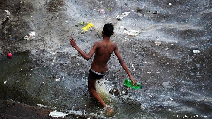 BdW Global Ideas Bild der Woche KW 29 Indien Wasserverschmutzung (Getty Images/S.Kanojia)