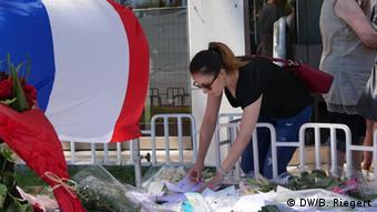 Τριήμερο εθνικό πένθος για το νέο λουτρό αίματος στη Γαλλία