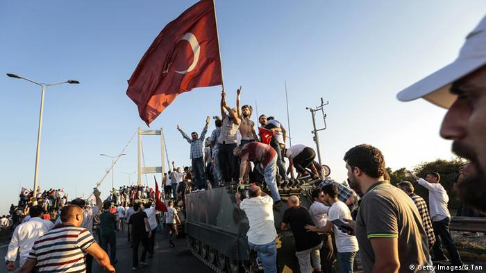 Erdogan supporters waving flags