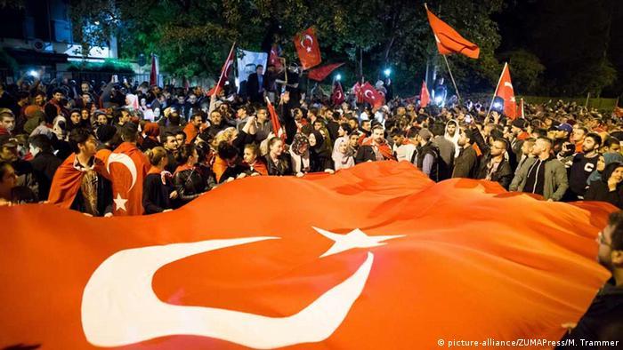 Deutschland Kundgebung gegen Putschversucht in München
