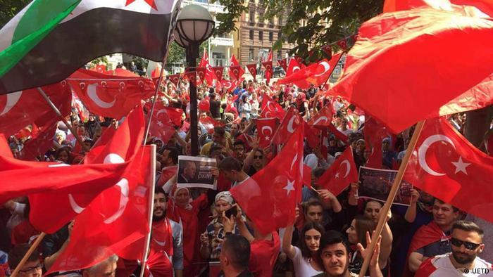 Stuttgart türkisches Konsulat UETD