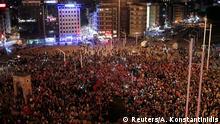 Türkei Istanbul Demonstration Regierungsanhänger