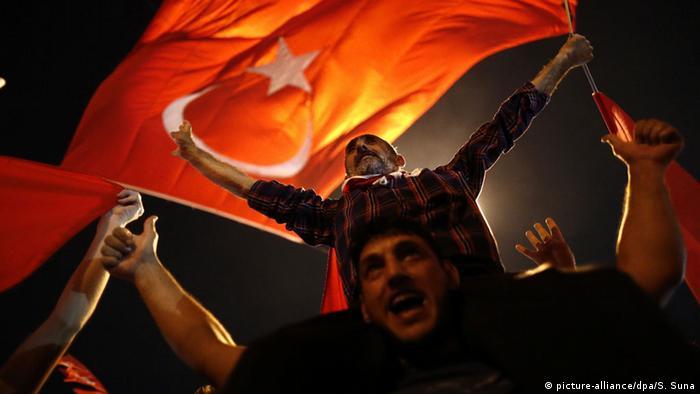 Lovitura de stat din Turcia condusă de Erdogan?