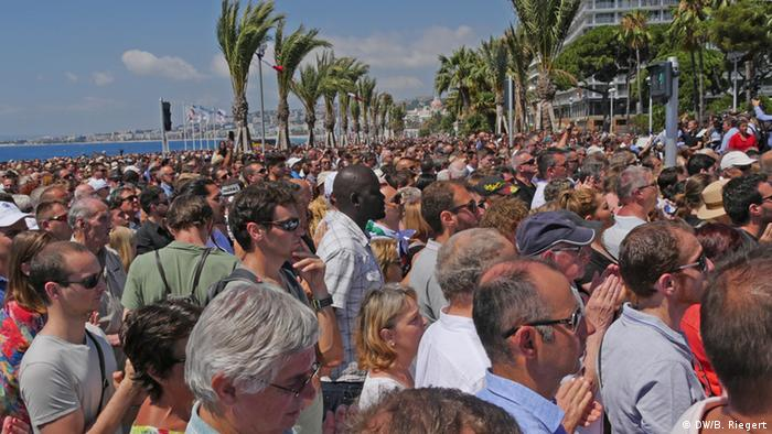 Crowd in Nice