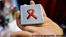 AIDS HIV rote Schleife