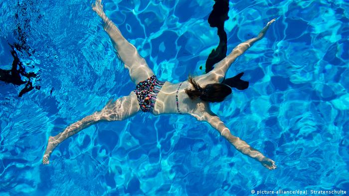 Swiss hotel tells jewish guests to shower before - How long after pool shock before swim ...
