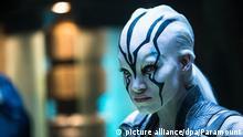 HANDOUT - Sofia Boutella als Jaylah in einer undatierten Szene aus dem Film «Star Trek Beyond». Der Film kommt am 21.07.2016 in die deutschen Kinos. Foto: Paramount/dpa (zu dpa-Kinostarts vom 14.07.2016) ACHTUNG: Verwendung nur zu redaktionellen Zwecken in Verbindung mit der Berichterstattung über den Film «Star Trek Beyond» und nur bei Urhebernennung «Foto: Paramount/dpa» bis 13.01.2017) +++(c) dpa - Bildfunk+++ | © picture alliance/dpa/Paramount