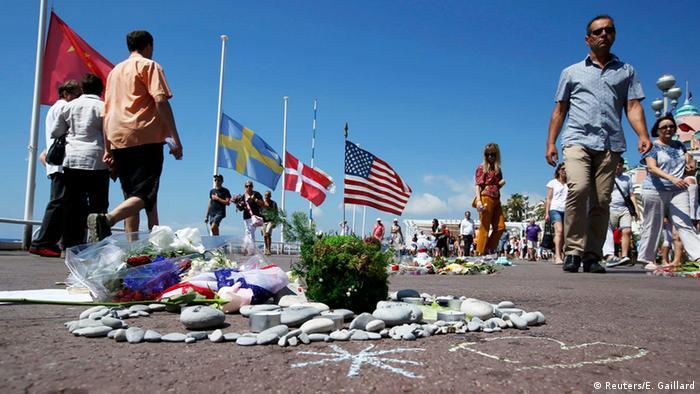 Trauer um Opfer in Nizza
