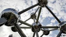 ** FILE ** A view of the new shiny spheres of the Atomium in Brussels, are seen in this Friday Sept. 16, 2005 file photo. The 48-year-old Brussels landmark reopens on Saturday, Feb. 18, 2006 after a pricey renovation and amid much hype from the city. (AP Photo/Yves Logghe, File)