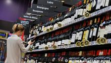 Wein im Supermarktregal