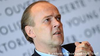 Sven-Eric-Bechtolf (Copyright: picture-alliance/dpa/EPA/B. Gindl)