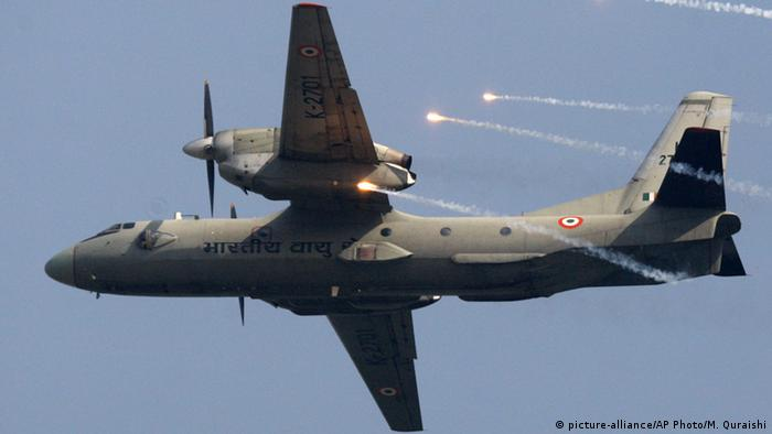 AN-32 Indian Air Force (picture-alliance/AP Photo/M. Quraishi)