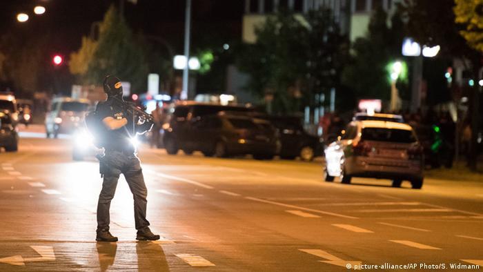 Policial em Munique