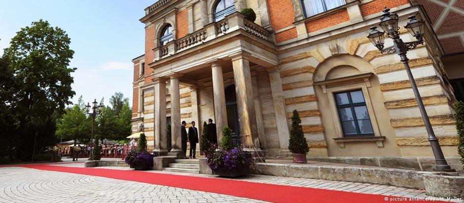 Convidados não serão recebidos no tradicional tapete vermelho do teatro de Richard Wagner em Bayreuth