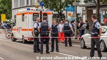 Deutschland Reutlingen Mann mit Machete tötet Frau und verletzt mehrere