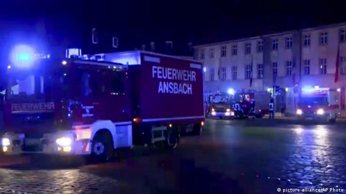 Fire engine in Ansbach after the explosion picture-alliance/AP Photo
