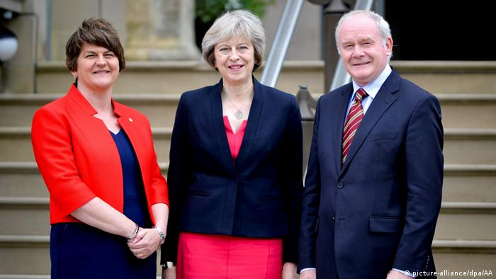 Theresa May zu Besuch in Irland (picture-alliance/dpa/AA)