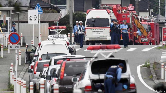 Einsatzkräfte am Tatort (Foto: Reuters)