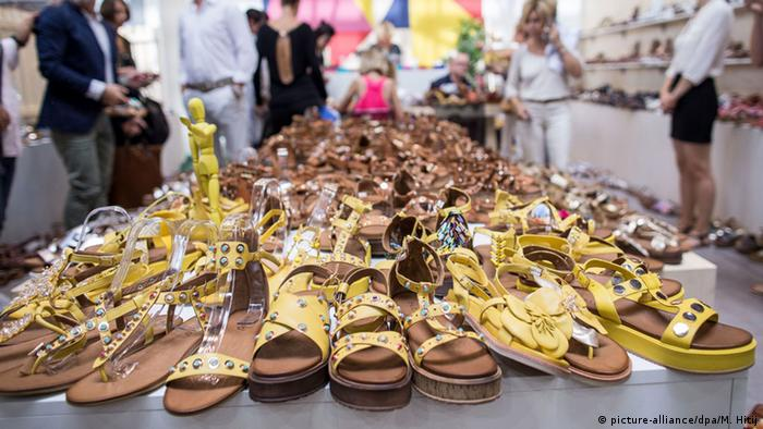 Sandals at the GDS shoe fair in Dusseldorf 2016, Copyright: picture-alliance/dpa/M. Hitij