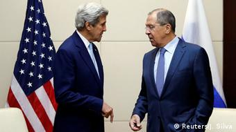 US Secretary of State John Kerry (L) meets Russia's foreign minister Sergey Lavrov during a bilateral meeting at the sidelines of the ASEAN foreign ministers meeting in Vientiane, Laos July 26, 2016.