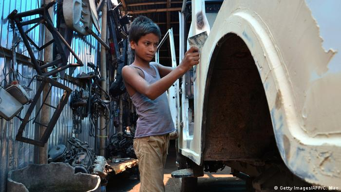 A child worker in India