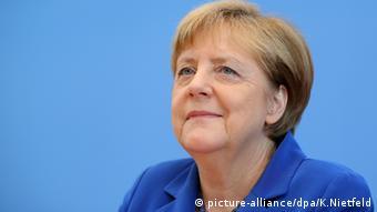 «Θα τα καταφέρουμε», υπόσχονταν η Α. Μέρκελ στους πολίτες όταν χιλιάδες πρόσφυγες περνούσαν καθημερινά τα σύνορα.