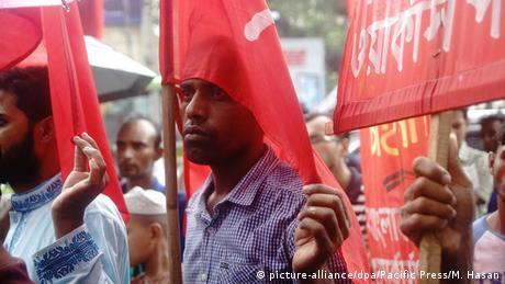 Indien Gegner des Rampal-Kraftwerks demonstrieren nahe Sundarban