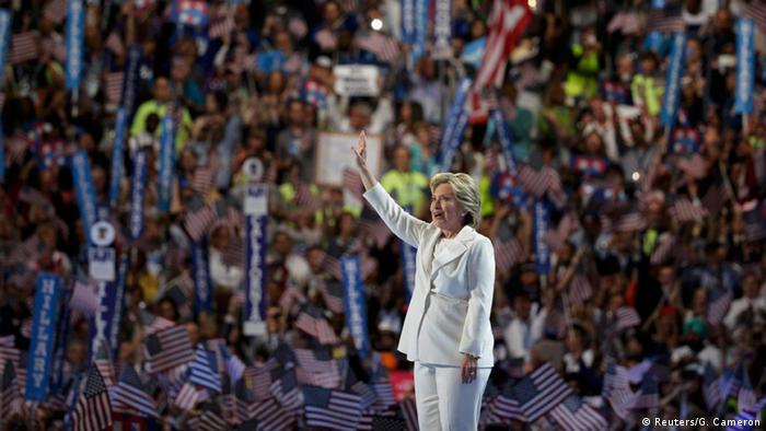 """Hillary fala em """"hora da verdade para os EUA"""""""