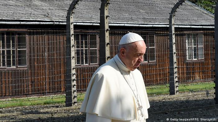 Francisco visitó Auschwitz-Birkenau en julio de 2016