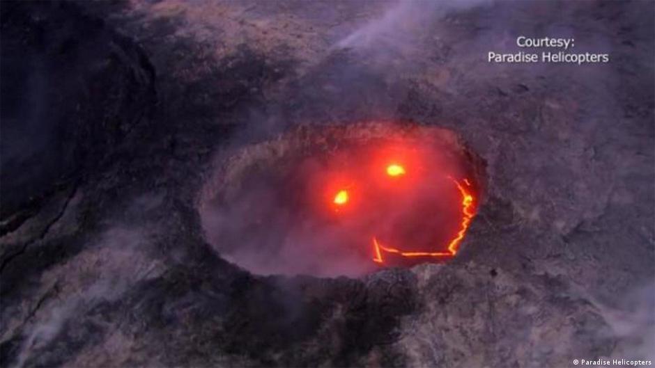 lava volcano lava from hawaiis kilauea volcano gushes from firehose into