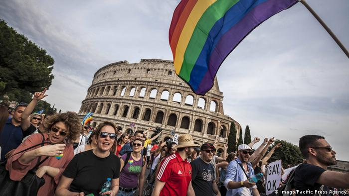 Italien Gay Pride in Rom (imago/Pacific Press Agency)