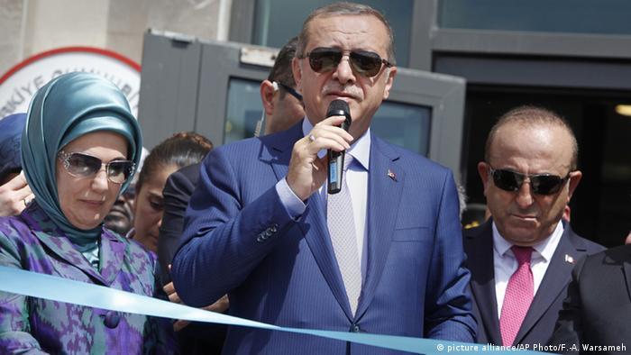 Türkei Aussenminister Mevlut Cavusoglu und Präsident Erdogan