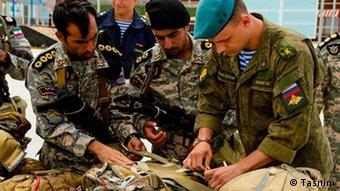 Российские и иранские военные