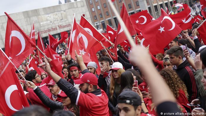 Köln Demo gegen PKK