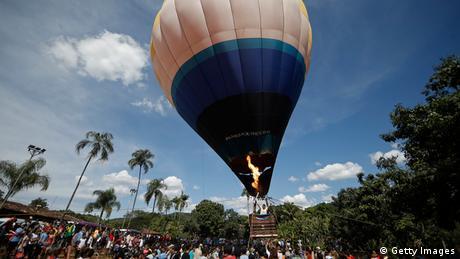 Brasilien Fackellauf Heißluftballon in Corumba de Goias (Foto: Getty Images)