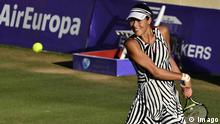 Serbian Ana Ivanovic returns the ball to Spanish Sara Sorribes Tormo during the round of 16th match played at the Mallorca Open 2016 played at Santa Ponsa court in Majorca, Balearic Islands, Spain on 16 June 2016. Sara Sorribes Tormo vs Ana Ivanovic !ACHTUNG: NUR REDAKTIONELLE NUTZUNG! PUBLICATIONxINxGERxSUIxAUTxONLY 20160616-636017066796679694 Serbian Ana Ivanovic Returns The Ball to Spanish Sara Sorribes Tormo during The Round of 16th Match played AT The Mallorca Open 2016 played AT Santa Ponsa Court in Majorca Balearic Islands Spain ON 16 June 2016 Sara Sorribes Tormo vs Ana Ivanovic ATTENTION only editorial Use PUBLICATIONxINxGERxSUIxAUTxONLY 20160616 © Imago