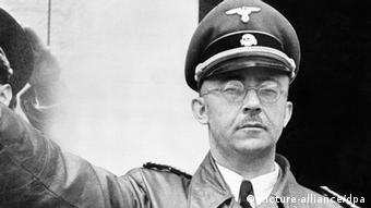 Heinrich Himmler salutes