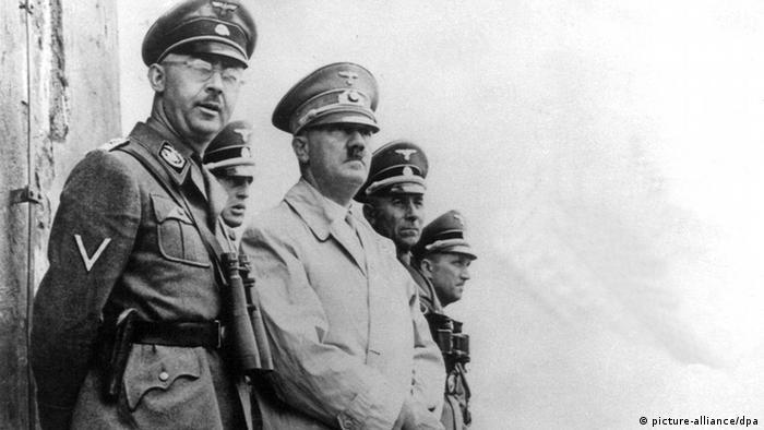 Der Reichskanzler Heinrich Himmler und nationalsozialistische Führer Adolf Hitler