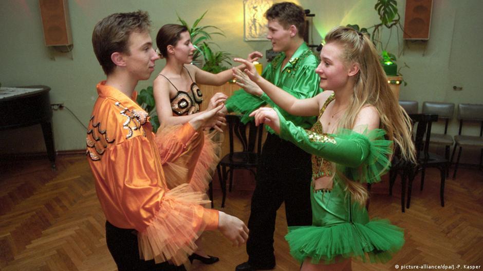 karneval rio knappstes kostüm