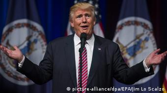 Republican presidential nominee Donald Trump speaks at a rally Copyright: picture-alliance/dpa/EPA/Jim Lo Scalzo