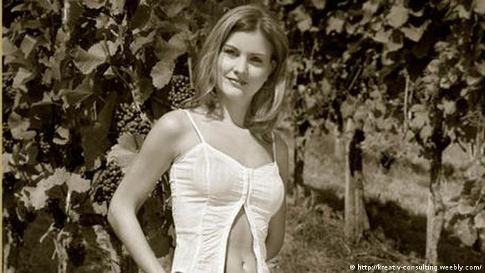 Julia glöckner nackt