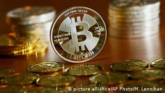 Физическая монета биткоина