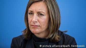 Deutschland Regierungssprecherin Ulrike Demmer (picture alliance/dpa/S. Kembowski)