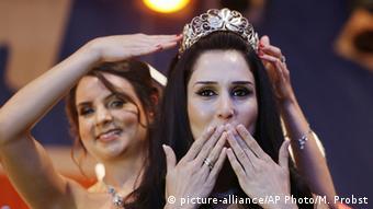 Deutschland Ninorta Bahno aus Syrien wird neue Weinkönigin von Trier
