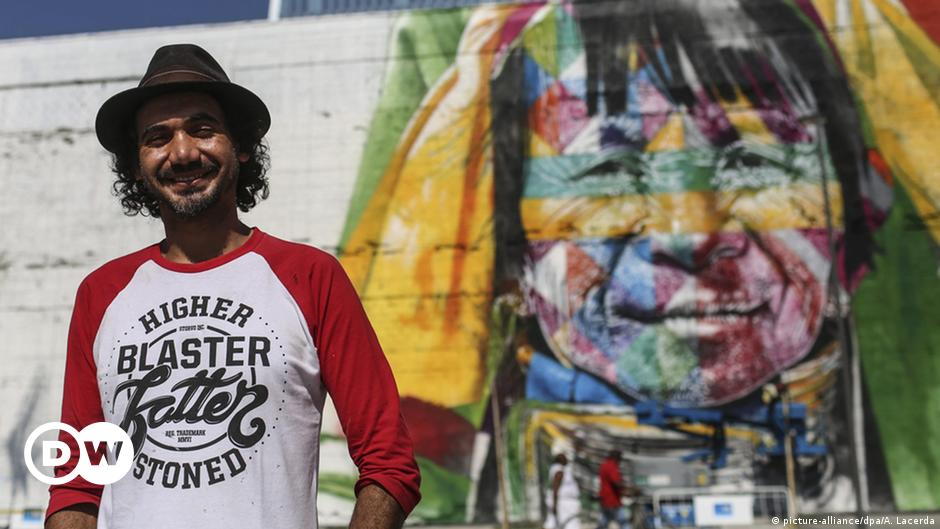 Graffiti artist shoots for world record with Rio mural
