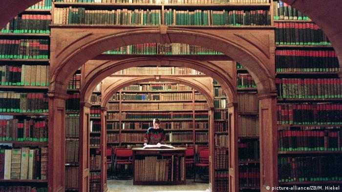 Bibliothekssaal der Wissenschaftlichen Bibliothek Görlitz Copyright: picture-alliance/ZB/M. Hiekel