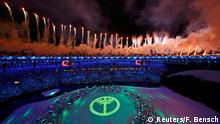 05 August 2016*** 2016 Rio Olympics - Opening ceremony - Maracana - Rio de Janeiro, Brazil - 05/08/2016. Fireworks explode during the opening ceremony REUTERS/Fabrizio Bensch TPX IMAGES OF THE DAY FOR EDITORIAL USE ONLY. NOT FOR SALE FOR MARKETING OR ADVERTISING CAMPAIGNS. Reuters/F. Bensch