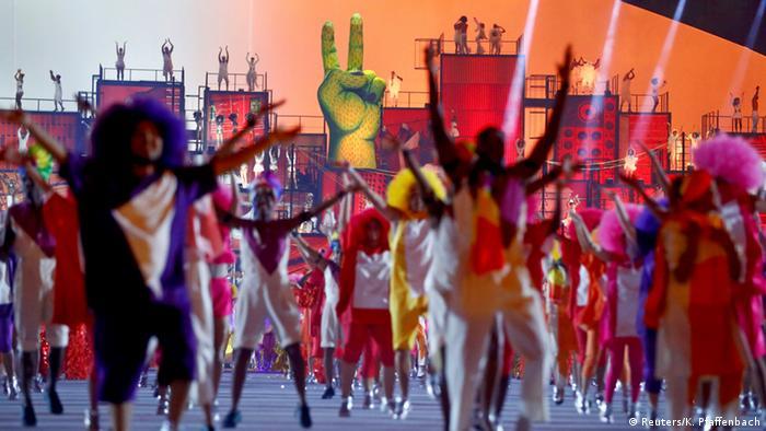 Яркое шоу в Рио
